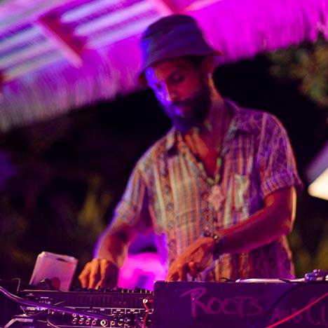 Intimate Live DJ, Music Events & Theme Nights